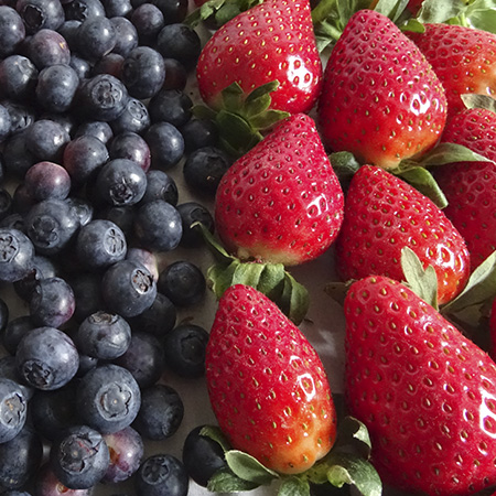 Strawberries Blueberries Pictures